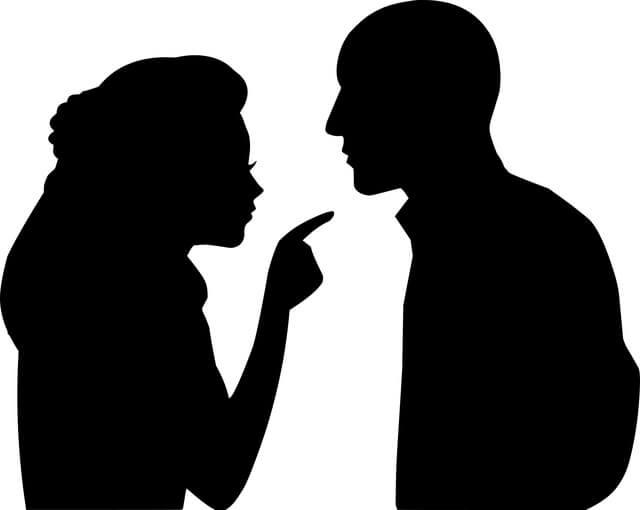 Pita Ki Char Seekh Best Hindi Story. पिता की चार सीख Wife and husband in conversation.